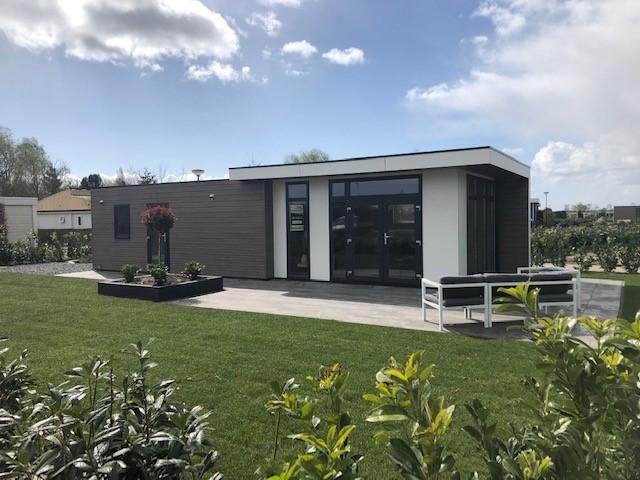 Nieuw vakantiehuis Cube op ruime hoekkavel Brabantse Weelde
